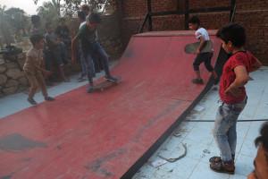 JonPerkins_201510_skateboard_Egypt_DSCF6346