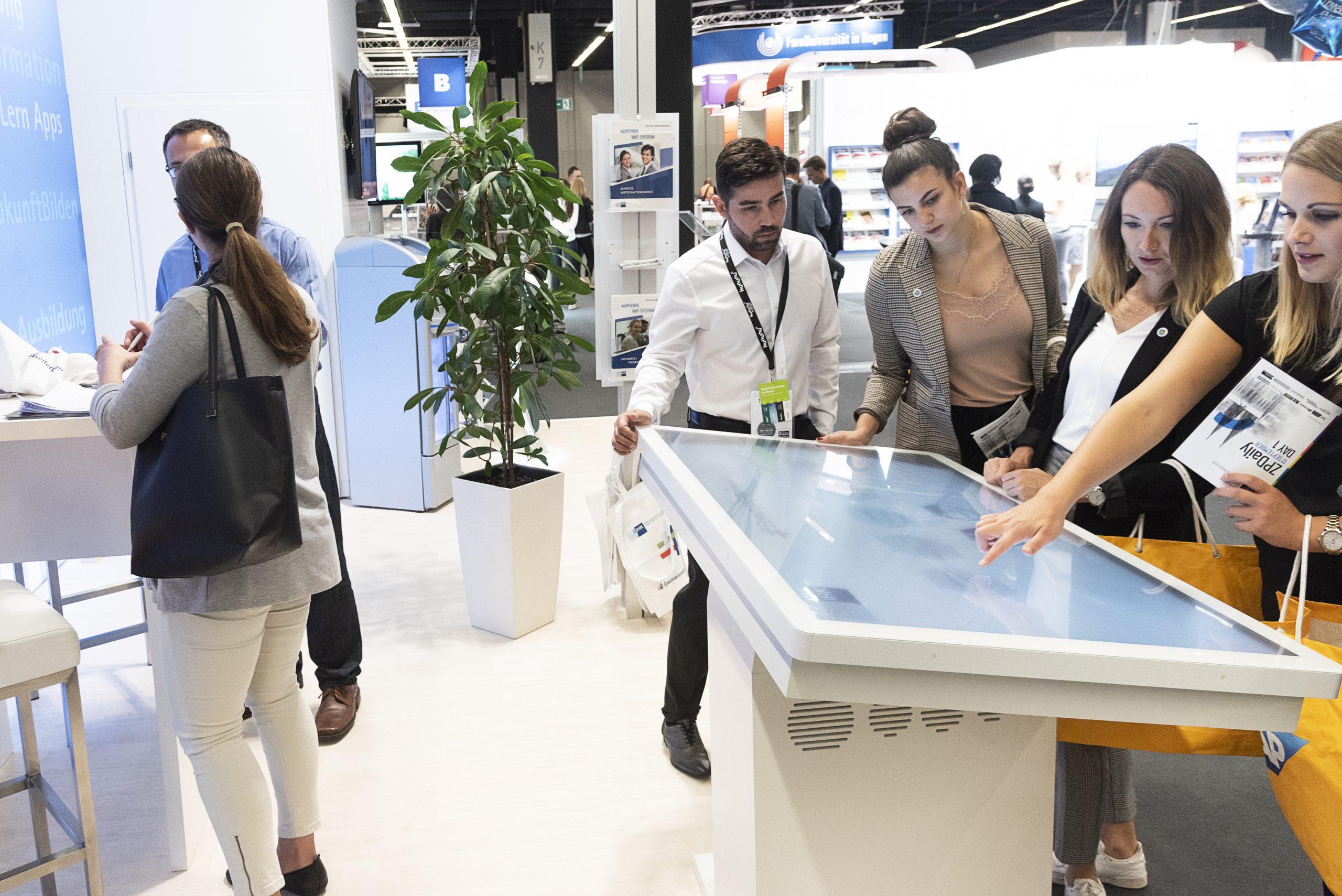 DIHK - staff future tradeshow